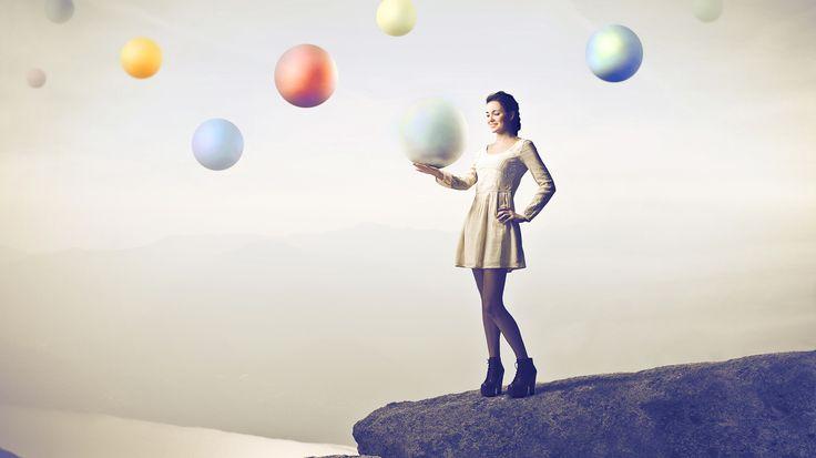 garota com bolas